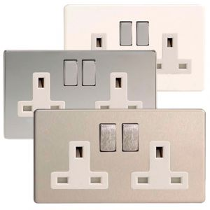 Varilight 2 Gang 13Amp Switched Electrical Plug Socket Screwless Plate